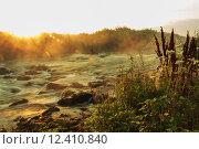 Рассвет над бурной реке. Стоковое фото, фотограф Антон Глущенко / Фотобанк Лори