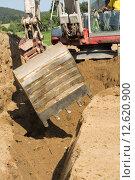 Купить «trench spoil dredger baggern baggerschaufel», фото № 12620900, снято 25 марта 2019 г. (c) PantherMedia / Фотобанк Лори