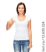 Купить «woman in blank white t-shirt», фото № 12639324, снято 25 июля 2013 г. (c) Syda Productions / Фотобанк Лори