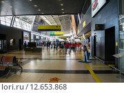 Международный аэропорт Казань (2015 год). Редакционное фото, фотограф Михаил Перевозов / Фотобанк Лори