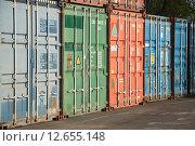 Купить «Грузовые контейнеры», эксклюзивное фото № 12655148, снято 7 мая 2015 г. (c) Алёшина Оксана / Фотобанк Лори