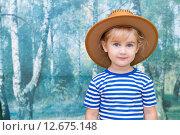 Маленькая девочка, в ковбойской коричневой шляпе. Стоковое фото, фотограф Вячеслав Волков / Фотобанк Лори