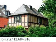 Купить «tudor style house in düsseldorf's benrath», фото № 12684816, снято 25 мая 2019 г. (c) PantherMedia / Фотобанк Лори