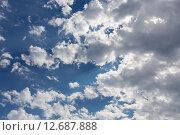 Купить «Облака в в небе», эксклюзивное фото № 12687888, снято 27 июля 2015 г. (c) Сергей Лаврентьев / Фотобанк Лори