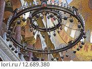 Купить «Светильник на цепях Морского Никольского собора в Кронштадте», эксклюзивное фото № 12689380, снято 6 марта 2015 г. (c) Максим Мицун / Фотобанк Лори