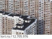 Купить «Вид сверху на типовые панельные дома спального района города в России», фото № 12705976, снято 24 июля 2012 г. (c) Николай Винокуров / Фотобанк Лори