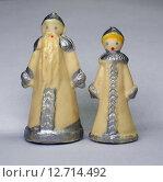 Старинные миниатюрные ёлочные игрушки Дед Мороз и Снегурочка. Стоковое фото, фотограф Ельцов Владимир / Фотобанк Лори