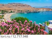 Пляж города Линдос на острове Родос, Греция (2015 год). Стоковое фото, фотограф Andrei Nekrassov / Фотобанк Лори