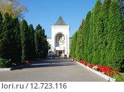 Купить «Даниловский монастырь в Москве», фото № 12723116, снято 21 сентября 2015 г. (c) Natalya Sidorova / Фотобанк Лори