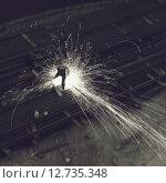 Сварщик (2012 год). Редакционное фото, фотограф Алексей Елфимчев / Фотобанк Лори