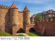 Купить «Warsaw Barbican, башни и ворота старой крепости», фото № 12739800, снято 19 октября 2018 г. (c) Игорь Яковлев / Фотобанк Лори