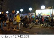 Купить «Berlin, Germany, light installation Light limit to 25 years fall of the wall», фото № 12742208, снято 9 ноября 2014 г. (c) Caro Photoagency / Фотобанк Лори