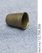 Купить «sewing thimble», фото № 12758556, снято 19 августа 2018 г. (c) PantherMedia / Фотобанк Лори