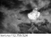 Купить «Луна в облаках», фото № 12759524, снято 1 сентября 2015 г. (c) Карданов Олег / Фотобанк Лори