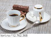 Купить «Кофейные чашки на столе», фото № 12762368, снято 16 сентября 2015 г. (c) Алёшина Оксана / Фотобанк Лори