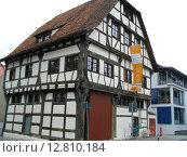 Дом в старинном стиле, Фридрихсхафен (2008 год). Редакционное фото, фотограф Anna Berglef / Фотобанк Лори