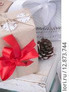 Подарок на праздник. Стоковое фото, фотограф Anya Stogova / Фотобанк Лори