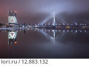 Мост в Риге. Редакционное фото, фотограф Константин Ламин / Фотобанк Лори