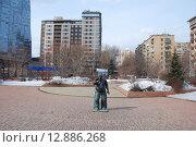 Купить «Памятник актёру Евгению Леонову в Москве», эксклюзивное фото № 12886268, снято 28 марта 2010 г. (c) lana1501 / Фотобанк Лори