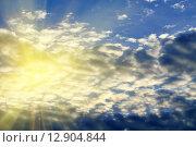 Купить «Солнце и облака», фото № 12904844, снято 30 августа 2015 г. (c) Сергей Трофименко / Фотобанк Лори
