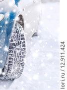 Купить «closeup of car wheel», фото № 12911424, снято 16 января 2014 г. (c) Syda Productions / Фотобанк Лори
