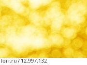 Купить «Золотой размытый фон с боке», фото № 12997132, снято 26 октября 2015 г. (c) Валерия Потапова / Фотобанк Лори