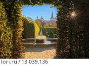 Валленштейнский дворец и сад в Праге, Чешская Республика. Стоковое фото, фотограф g.bruev / Фотобанк Лори