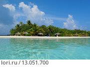 """Отель """"Лагуна"""" на коралловом острове (2010 год). Редакционное фото, фотограф Лидия Хвесюк / Фотобанк Лори"""