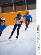 Купить «children speed skating», фото № 13054008, снято 25 мая 2019 г. (c) PantherMedia / Фотобанк Лори
