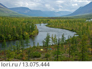 Купить «Долина реки Микчангды на плато Путорана», фото № 13075444, снято 12 августа 2011 г. (c) Сергей Дрозд / Фотобанк Лори