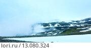 Купить «Summer mountain misty landscape (Norway)», фото № 13080324, снято 18 июля 2013 г. (c) Юрий Брыкайло / Фотобанк Лори