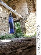 Купить «building house ruin expire corsica», фото № 13090116, снято 24 октября 2019 г. (c) PantherMedia / Фотобанк Лори