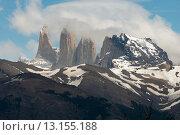 Купить «View of mountains, Torres del Paine National Park, Patagonia, Chile», фото № 13155188, снято 26 ноября 2013 г. (c) Ingram Publishing / Фотобанк Лори
