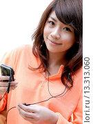 Купить «Teenage girl listening to music», фото № 13313060, снято 19 декабря 2007 г. (c) age Fotostock / Фотобанк Лори