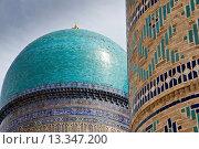 Купить «Bibi Khanym Mosque, Samarkand, Uzbekistan», фото № 13347200, снято 12 апреля 2008 г. (c) age Fotostock / Фотобанк Лори