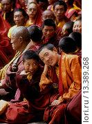 Купить «Nyingmapa sect Buddhist monks watch the Monlam Chenmo dances, Katok Monastery _ Kham, Eastern Tibet, Sichuan, China», фото № 13389268, снято 10 июля 2020 г. (c) age Fotostock / Фотобанк Лори