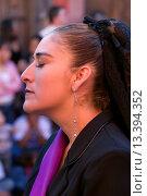 Купить «MEXICAN woman dressed in black during EASTER PROCESSION _ TEMPLO DEL ORATORIO, SAN MIGUEL DE ALLENDE, MEXICO», фото № 13394352, снято 29 мая 2020 г. (c) age Fotostock / Фотобанк Лори