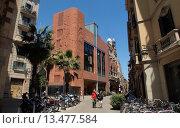 Купить «Palau de la Musica Catalana, concert hall, designed by architect Lluis Domenech i Montaner. View from street. Barcelona, Catalonia, Spain.», фото № 13477584, снято 23 апреля 2019 г. (c) age Fotostock / Фотобанк Лори