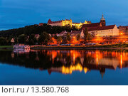 Купить «View over the River Elbe to the Sonnenstein Castle and the Church of St Mary, Pirna, Saxony, Germany, Europe», фото № 13580768, снято 23 февраля 2019 г. (c) age Fotostock / Фотобанк Лори