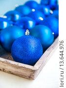 Елочные шары. Стоковое фото, фотограф Елена Поминова / Фотобанк Лори