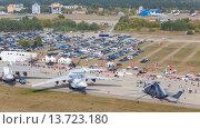 Купить «Авиасалон МАКС», фото № 13723180, снято 27 августа 2015 г. (c) Данила Михин / Фотобанк Лори