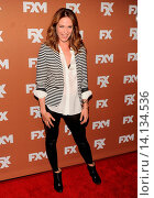 Katie Aselton - New York/New York/United States - 2013 FX UPFRONTS BOWLING EVENT. Редакционное фото, фотограф visual/pictureperfect / age Fotostock / Фотобанк Лори