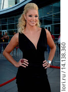Kristen Renton - Hollywood/California/United States - FX NETWORKS SONS OF ANARCHY SEASON 4 PREMIERE (2011 год). Редакционное фото, фотограф visual/pictureperfect / age Fotostock / Фотобанк Лори