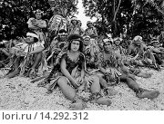 Купить «Local men in warriors costumes at cultural event in Tuvalu, South Pacific», фото № 14292312, снято 9 июля 2020 г. (c) age Fotostock / Фотобанк Лори