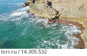 Купить «Cliffs at sea coast in tranquil day», видеоролик № 14305532, снято 18 октября 2015 г. (c) Яков Филимонов / Фотобанк Лори