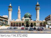 Купить «Libya, Zliten. Mausoleum of Sidi Abdulsalam al-Asmar al-Fituri, a revered Sufi holy man who died in 1575 A.D. The shrine was attacked by Salafists (fundamentalists...», фото № 14372692, снято 2 января 2014 г. (c) age Fotostock / Фотобанк Лори