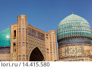 Bibi Khanym Mosque, also known as Bibi Khanum Mosque, Samarkand, Uzbekistan. Стоковое фото, фотограф Mel Longhurst / age Fotostock / Фотобанк Лори