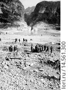 Купить «Vajont Valley completely devastated. The Vajont disaster occurred in October 9th 1963 when a huge landslide from Mount Toc collapsed into to the hydroelectric...», фото № 14561300, снято 20 февраля 2019 г. (c) age Fotostock / Фотобанк Лори