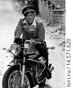 Купить «Claudio Villa riding a motorcycle. Italian singer and actor Claudio Villa (Claudio Pica) is in the saddle of a motorcycle Moto Guzzi. 1960s», фото № 14571620, снято 24 марта 2018 г. (c) age Fotostock / Фотобанк Лори