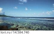 Купить «Панорама океана и тропического острова», видеоролик № 14584740, снято 4 декабря 2015 г. (c) Алексей Собченко / Фотобанк Лори
